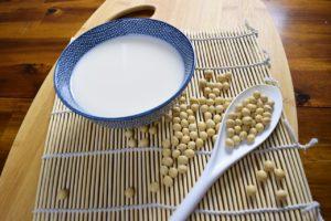 Faire son lait végétal maison facilement – Vidéo
