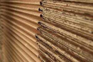 Pourquoi et comment fabriquer des meubles en carton